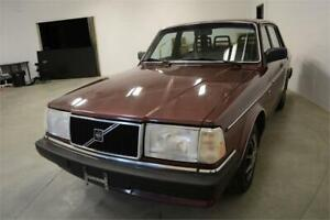 1989 Volvo 240 DL **UNBELIEVABLY MINT CONDITION! ORIGINAL KMS**