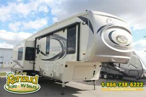 New 2019 Palomino Columbus Compass 298 RLC 5th Wheel