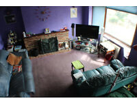 22% Below Market - Ready buyer required - 4 Bed Semi- Bexleyheath - Needs some work!!