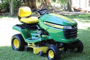 JOHN DEERE X300 RIDE ON MOWER Victoria Point Redland Area Preview