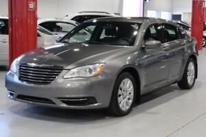 Chrysler 200 LX 4D Sedan 2012