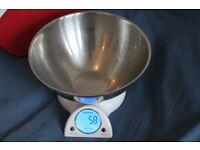 Salter Mix And Measure electronic kitchen scale