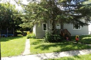 House for Sale in Gretna, MB - 577 Berlin Avenue