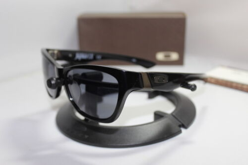 New Oakley Jupiter LX Sunglasses Black/Grey 03-282