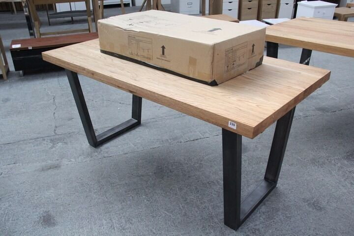 JOHN LEWIS CALIA EXTENDING DINING TABLE in Emersons  : 86 from www.gumtree.com size 720 x 480 jpeg 55kB