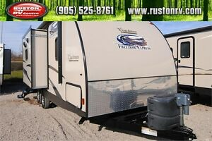 2014 Coachmen Freedom Express 233RBS Travel Trailer