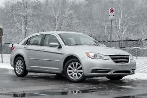 2012 Chrysler 200 / LOW PRICE/ CAR LOANS FOR ANY CREDIT