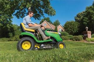 2018 John Deere E100 Series Lawn Tractors in stock Green Diamond