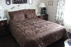 4 Piece Queen Chocolate Brown Comforter Set with Satin Sheets