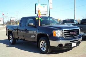2011 GMC Sierra 1500 Nevada Ed. Ext Cab 4X4 **ONLY 106,000kms!**