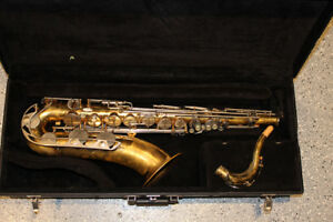 YTS-23 Yamaha tenor sax with Vito bell, made in Japan $800