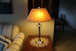 Gorgeous Table / Accent LAMPS ---2 light sockets --- SUPER CHEAP