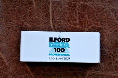 ILFORD DELTA 100  Black and White Negative Medium Format 120 FILM Expiry 03/2007