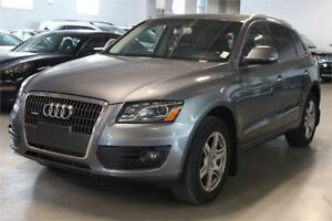 2012 Audi Q5 2.0L Navigation / Panoramic Roof /CAMERA