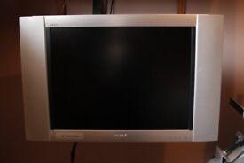 "Sony WEGA 21"" TV with Digital Converter Video VCR DVD Combi Wall Bracket"