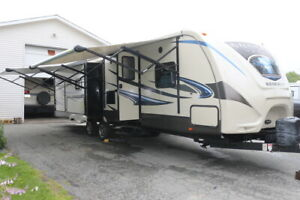 2015 SUNSET TRAIL RESERVE 320RL TRAILER 3 SLIDES OUTSIDE KIT.