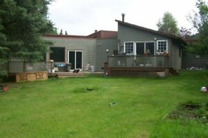 Unique House in Smithers - 4450 Birch Crescent