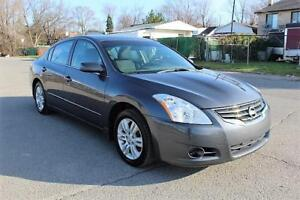 2010 Nissan Altima 2.5 S,IMPECCABLE,ONE OWNER,TOIT,MAGS.