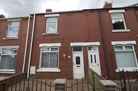 Lovely spacious terraced House 2 bedrooms 2 reception rooms