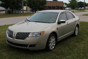 2010 Lincoln MKZ AWD, Leather, Nav., 119Kms