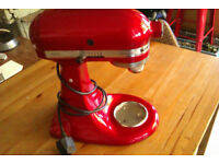 KitchenAid Candy Apple / MOD:5ksm150psbca4 with extra accessories and box
