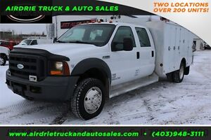 2005 Ford Super Duty F-550 DRW SERVICE BODY LOTS OF CABINETS