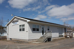 Office/Warehouse/Storage building with 1672 sq ft 5735 highway 1