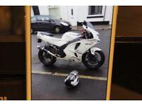 1998 KAWASAKI NINJA MOTOR BIKE