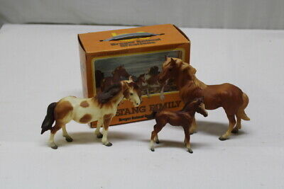 Vintage Breyer Animal Creations Mustang Family Horse Model # 3065