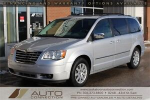 2010 Chrysler Town & Country Touring * STOW 'N GO ** DUAL DVD *