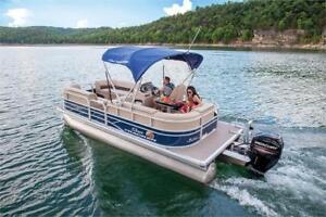 Suntracker Party Barge 20 DLX w/Mercury 60 ELPT FourStroke