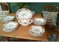 Beautiful Vintage 1930's 26 Piece Red/Gold Floral Embellished Dinner Service