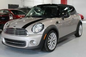 Mini Cooper 2D Hatchback 2013
