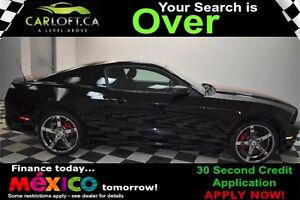 2013 Ford Mustang V6 RWD MANUAL - LOW KMS**KEYLESS ENTRY**AUX
