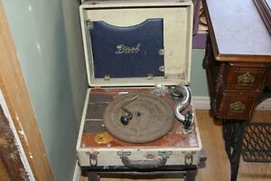 antique record player, Birch model 500