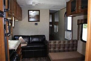 2017 AVENGER 26BH - FAMILY BUNK HOUSE WITH NO SLIDES