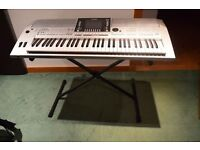 YAMAHA PSR S910 (with carry bag, covering case,stand,few piano tutorial books)
