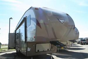 Blow Out Deal!2017 Rockwood Signature 8301W!FW!Bunk House!