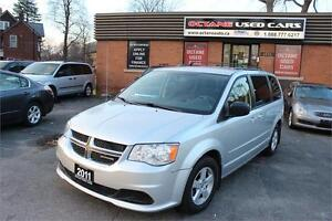 2011 Dodge Grand Caravan SXT Stow & Go Low KMS