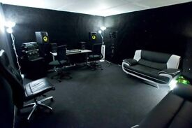 Large music production rehearsal studio for monthly hire BN41 Portslade