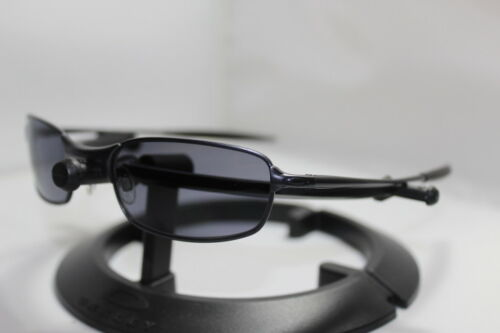 New Oakley Square Wire 2.0 Spring Hinge Sunglasses Dark w/Grey Lens 30-787