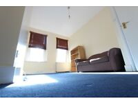 1 BED FLAT, West Kensington, West Brompton, Close to Tube, shops, amenities. Excellent condition
