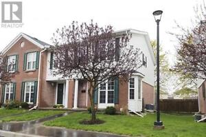Beautiful 2 bedroom, 2 bathroom condo steps from the Grand River