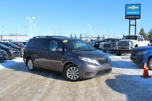 2015 Toyota Sienna SE AWD| Pwr Heat Seat| Rem Start| Tri-Zone Cl