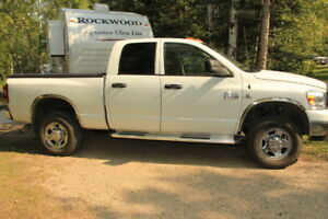 2007 Dodge Power Ram 2500 SLT Pickup Truck
