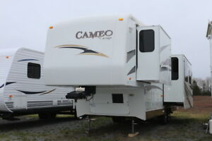 2008 CAMEO by CARRIAGE 30RLS 5TH WHEEL