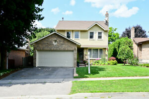Detached Home in Mature Whitby Neighbourhood