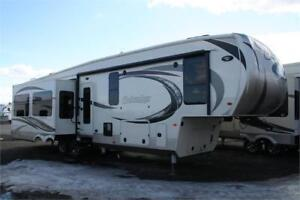 REDUCED BLOW OUT PRICE!!2016 COLUMBUS 375RL!!4 SEASON!!HOT DEAL