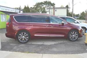 2017 Chrysler Pacifica, Limited