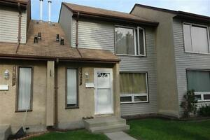 Just Reno'd Townhouse backing a park in NorthEast * Rent Promo!